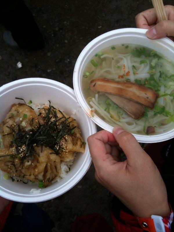 舞茸丼とタイラーメン